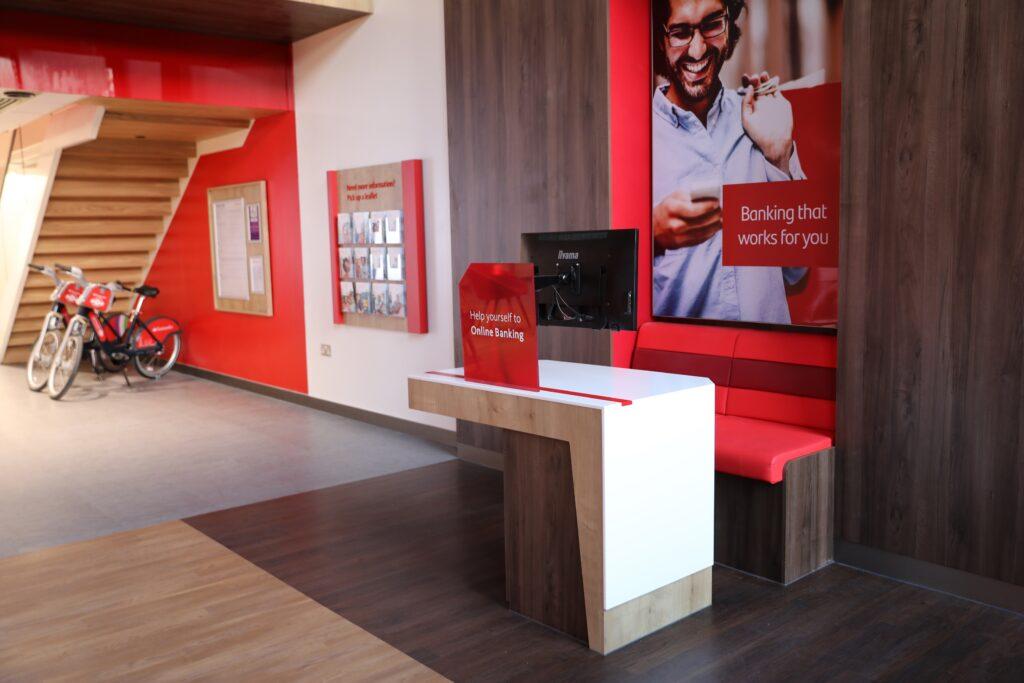 santander flagship lounge 1 1024x683 - Santander flagship lounge unveiled