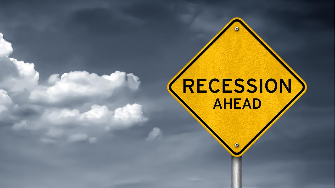 Banks brace for coronavirus recession as profits dive