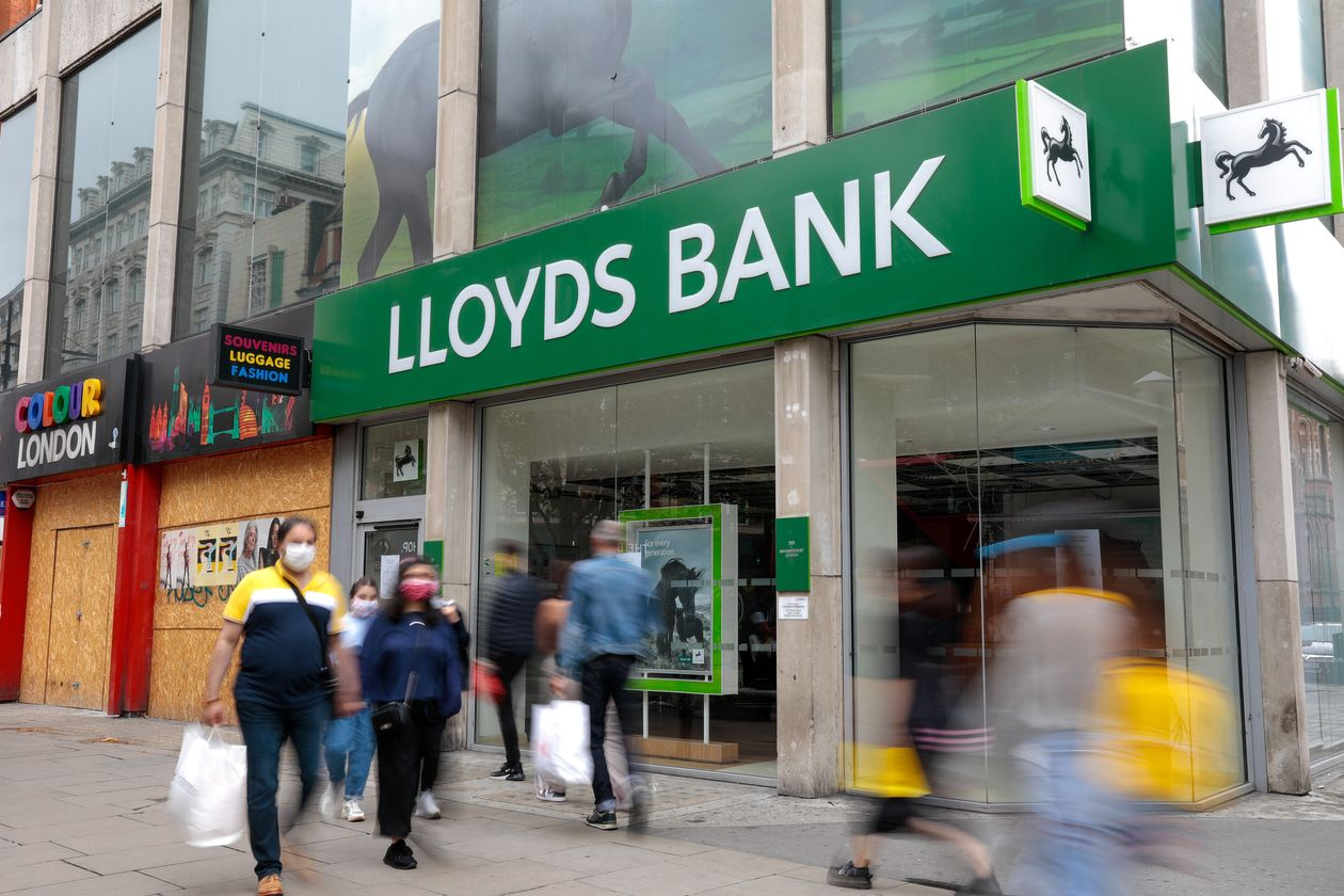 Lloyds Bank profit plunges over 70% amid Covid, low rates