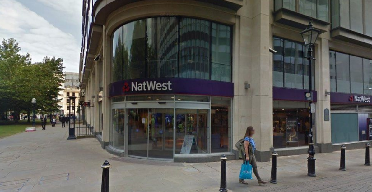 NatWest to shut doors in Ireland after £361m loss